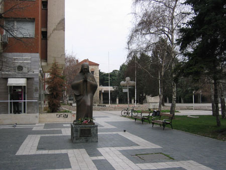 Statue of Mother Teresa, born in Skopje
